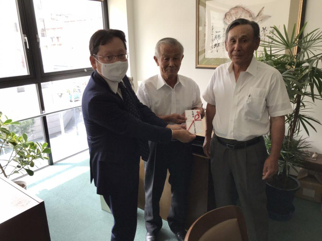 7月22日に大和屋守口漬総本家にて愛知と岐阜の組合長に支援金を寄贈